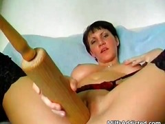 Kinky short haired mom... video