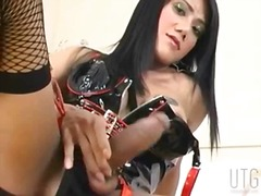 Tranny in latex linger... - aShemaleTube