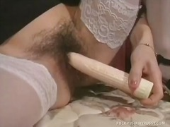 Yobt Movie:Gina masturbates her hairy coo...