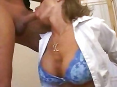 H2porn Movie:Busty milf gets her tight puss...