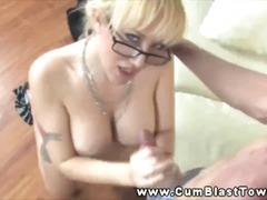 Amateur mature tuggin on cock for thi...