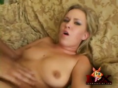 She licks up creampie from her asshole