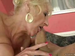 Hawt granny copulates ... video