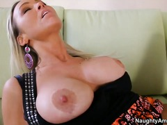 Hotshame - Teen but busty prostit...