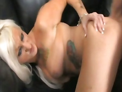 H2porn Movie:Tattooed milf takes it in the ...