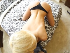 The voluptuous posh bl... video