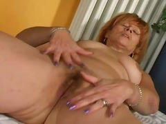 Thumb: Old redhead guides toy...
