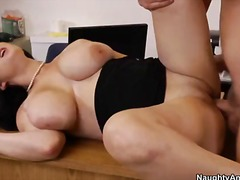 PornSharia Movie:Beverly paige has amazing huge...