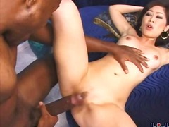 Thumb: Yumi snatch is stretched