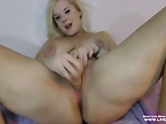 Sexy busty blonde evel... preview