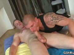 BoyFriendTV Movie:Hot muscled guy gobbling up