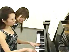 H2porn Movie:Piano lesson given to young st...