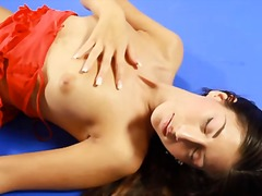 Alpha Porno Movie:Teen dances in her red lingerie