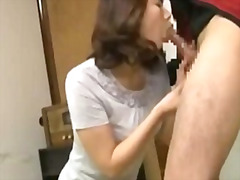 H2porn Movie:Milf getting her pussy rubbed ...