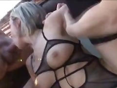 Blonde babe takes two ... - WinPorn