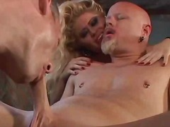 Bisex group share blowjob video
