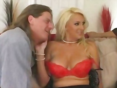H2porn Movie:Sharing my busty wife
