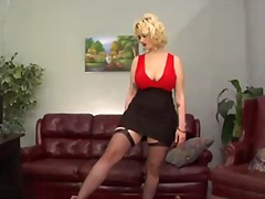 PornSharia Movie:Siri is s curvy blond-haired d...