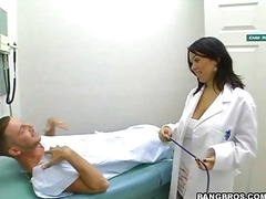 Yobt Movie:Doctor fulfills her nasty wants