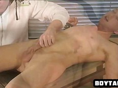 BoyFriendTV Movie:Horny tied up hunk getting tic...