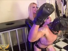 aShemaleTube Movie:Foxy angel dominating