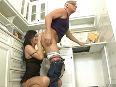 Wetplace Movie:Brunette abbie cat was called by