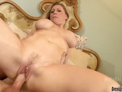 Golden haired milf devon l... - 04:25