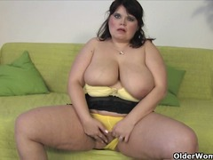 Mature bbw marie shows...
