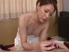 China mimura gives a g...