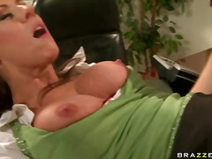 Carolyn reese is a hot bodied - 08:01