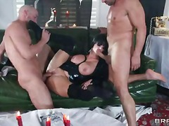 Breasty milf joslyn james dressed in