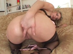 Thumbmail - Sexy lingerie on porns...