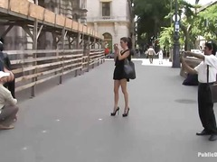 Yobt Movie:European honey enslaved in public