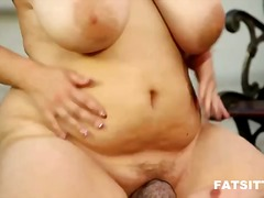 IcePorn Movie:A chubby blond girl facesitting