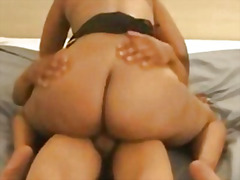 Ebony big booty milf p... video