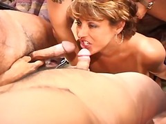 Sweet tits gets her pu...