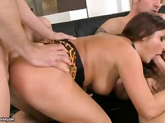 Wild and hot bellina m...