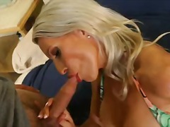 Gorgeous blonde milf e...