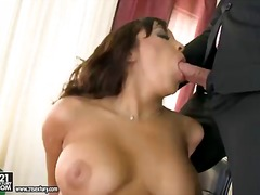 Pornoid Movie:Dirty secretary is getting dou...