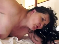 Mature brunette evelin... from Pornoid
