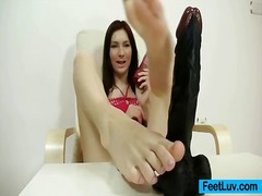 Thumb: Get laid hot feet and leg