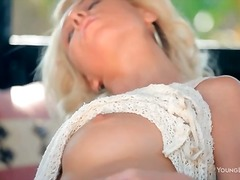 Alpha Porno Movie:Sexy sweater on big tits blond...