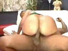 Mya gee big black booty