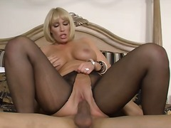 Huge rack blonde slut mell... - 03:10