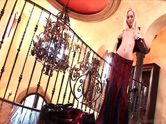 Alpha Porno Movie:Hot blonde in corset strips an...