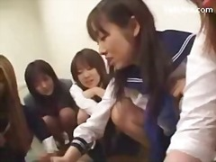 5 schoolgirls in uniform pissing for ...