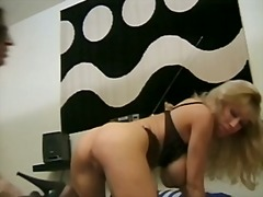 Classic busty cougar a... - Xhamster
