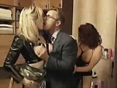 Nonstop girls in excellent trio sex