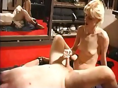 Sun Porno Movie:Milf domination babes kinky an...