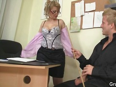 Office girl screws her...